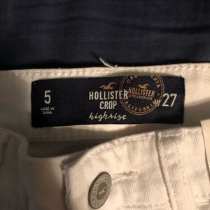 NWT High Rise Cropped Hollister Jeans
